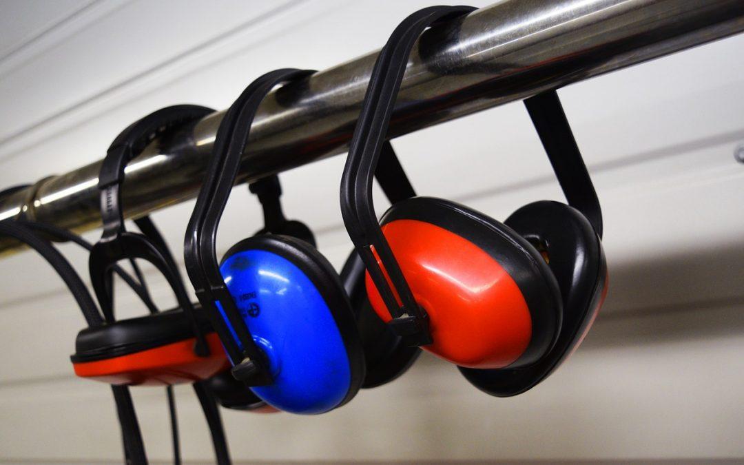 Er der dårlig akustik i virksomheden? Derfor skal du gøre noget ved det
